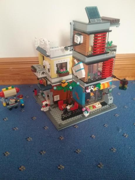 Fabulous Lego building!