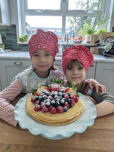 Juliana with big sister, Jasmine - great pancakes girls!
