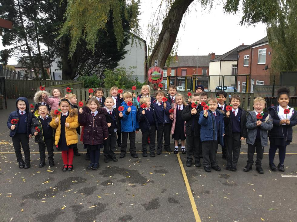Today Year 1 celebrated Remembrance Day by making a poppy wreath and an individual poppy.