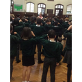 Jaques à dit (Jaques says) with classroom commands in Year 4.