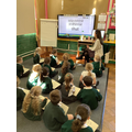 Applying the 'sh' phoneme to read words.