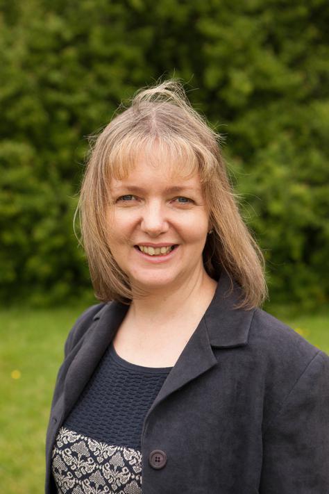 Mrs S  Moss - Deputy Head, KS2 Lead