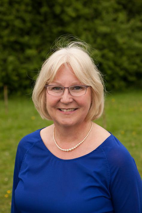 Mrs E Brierley - Deputy Head, KS1 Lead