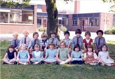 Reception Class photo 1977