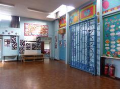 Hall, looking towards Y2 door 2015