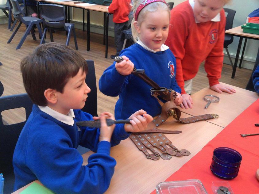 Investigating Roman artefacts