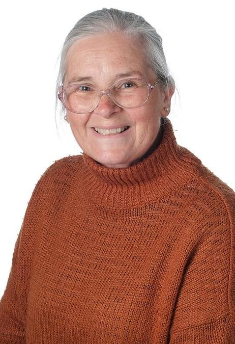 Caroline Saxton - Teaching Assistant
