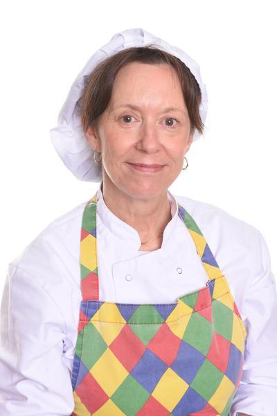 Ellen  ( Cook)