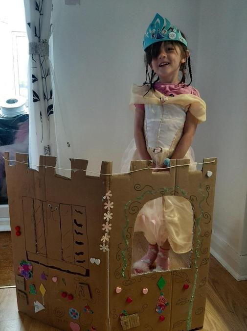 A beautifully decorated castle Fifi!