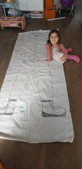 Wow, that drawing is gigantic! Super labelling Ava