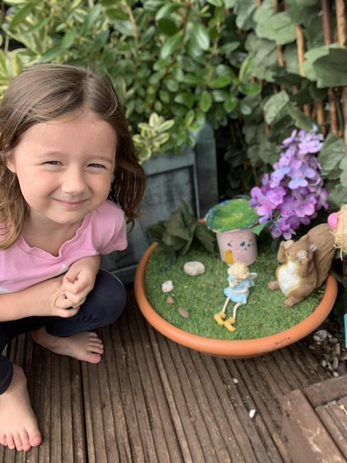 Beautiful garden where you can tell stories Daisy!