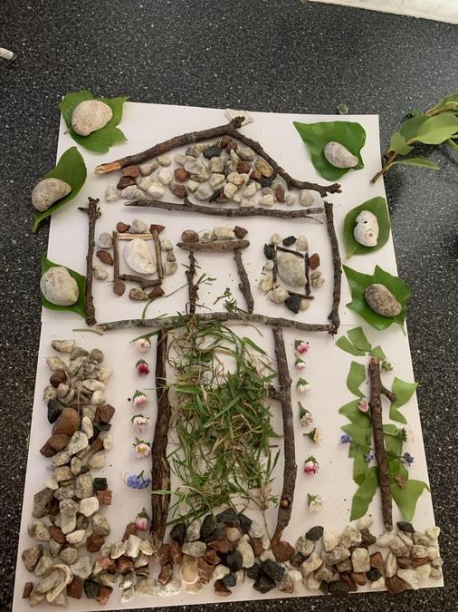 Amazing artwork Mattie, lots of natural materials!