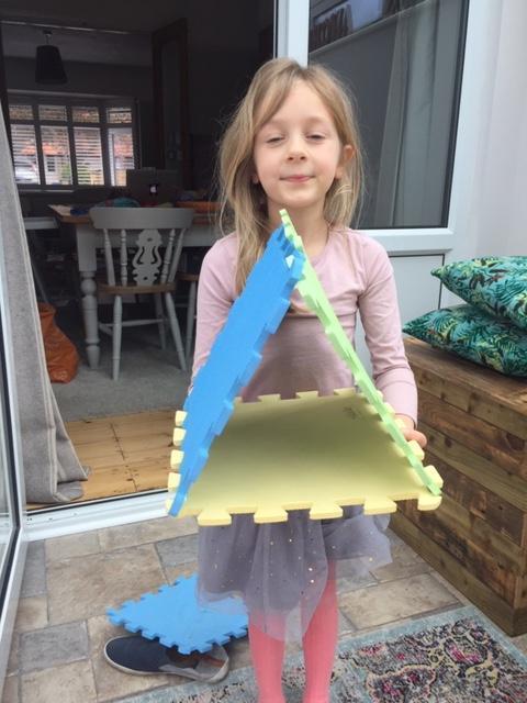 Very creative 3D shape work Isla.
