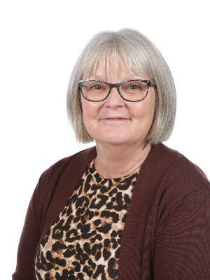 Miss Dearlove - Teaching Assistant