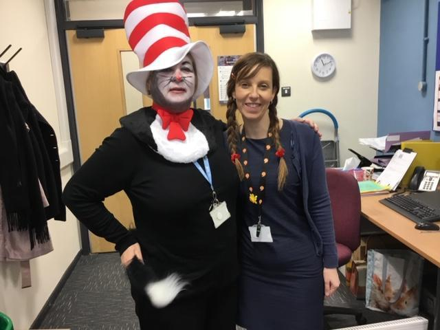Cat in the Hat chats with Matilda (in English!)