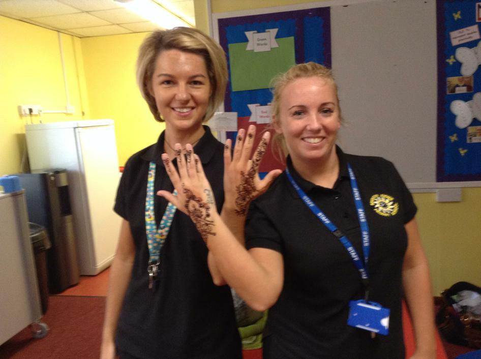 Miss Helm and Miss Veitch also got a Mehndi design