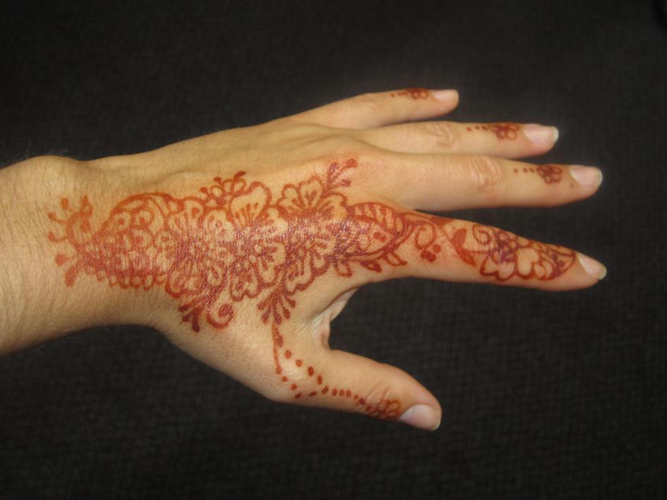 Miss Helm's Mehndi pattern!