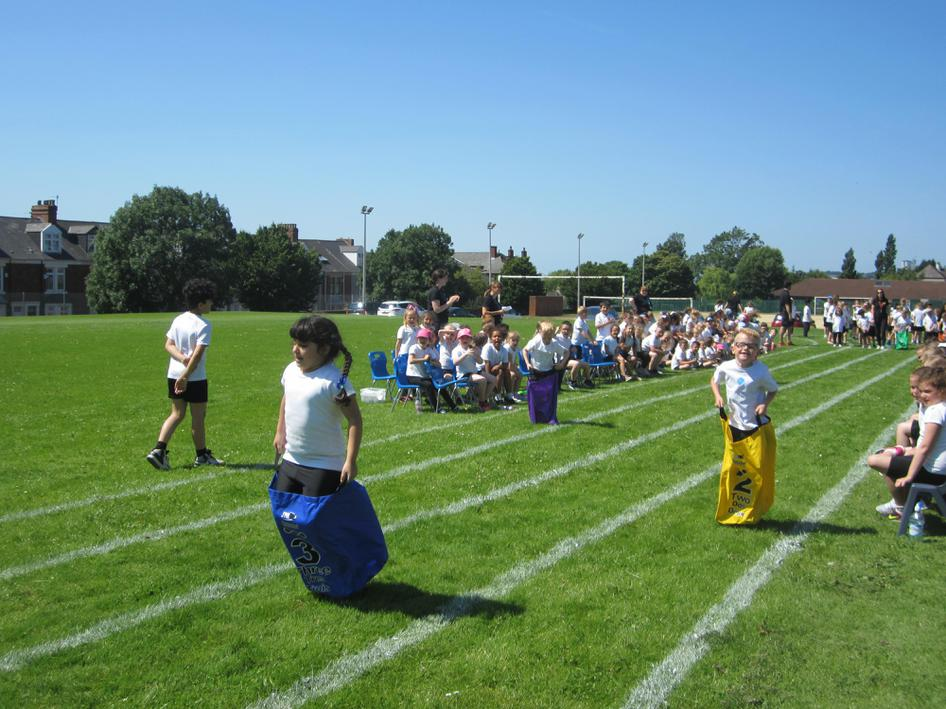 sensational speed in the sack race
