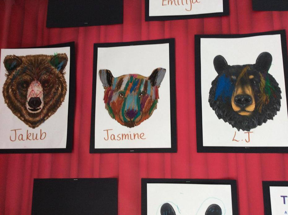 Our turn, we chose the colours we wanted to add to our bear portraits.