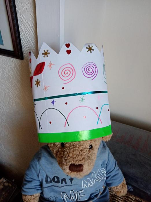Mrs Marlow made a crown for teddy.