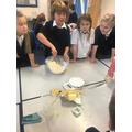 baking poppy biscuits in Y4
