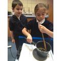 Chopping and frying garlic