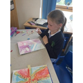 Using pastels to create a background in Y3