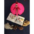 The Elf likes reading
