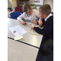 Investigating electricity in Y4