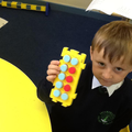 Using a tens frame to learn number bonds to 10