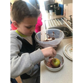 Decorating apples in Y3