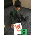 We can count the right number of cakes into the Tiger's tummy.