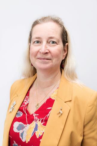 Mrs Lorna Tuck - Apsen