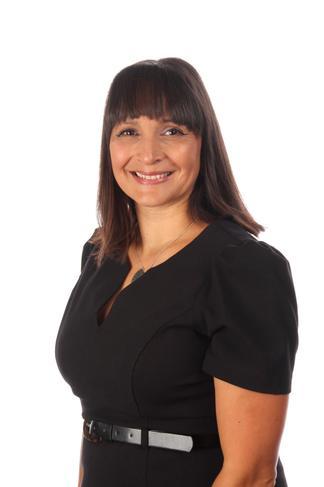 Mrs Aysha Pettit -Acting Head Teacher/Senco