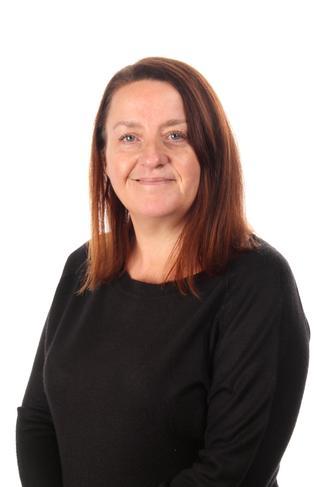 Mrs Vicky Curry - TA