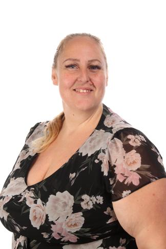 Miss Caroline Mansi - Year 6 Leader of Learning