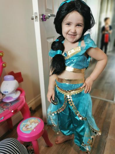 Lilly feels good when she is  she is dressing up like a princess.