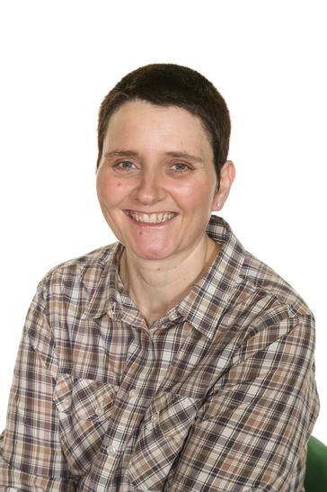 Mrs Janine Tanner - Midday Supervisor