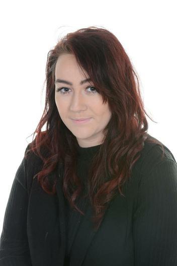 Miss Peat- Teaching Assistant- EYFS/SEN/KS1