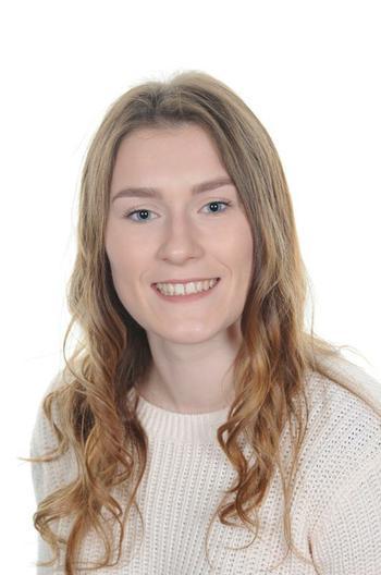 Miss Walton- Teaching Assistant- EYFS/KS1