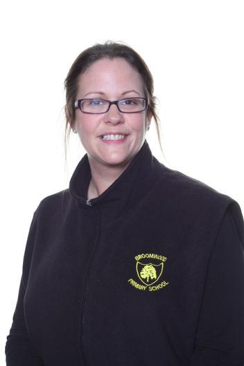 Miss Taylor - Teaching Assistant- KS2