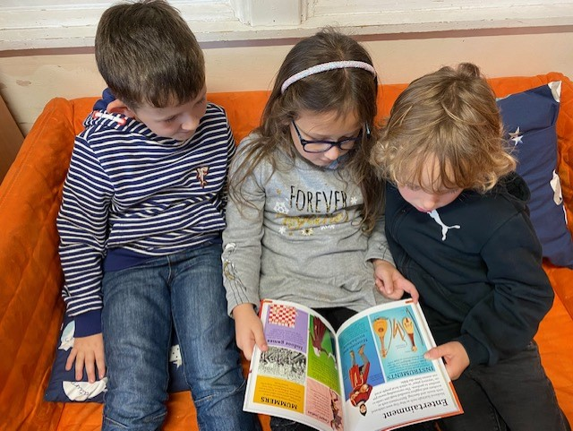 We have a 'Reading Area' / 'Ardal Dallen' in every classroom