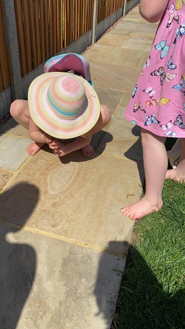 Did you find a faint footprint ?