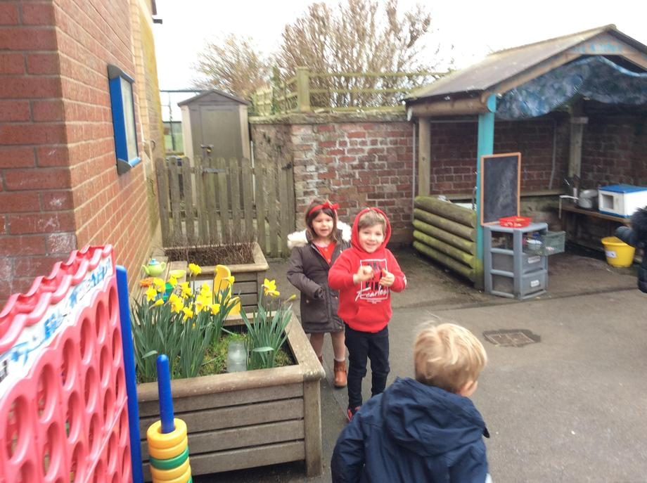 Hunting for red noses outside