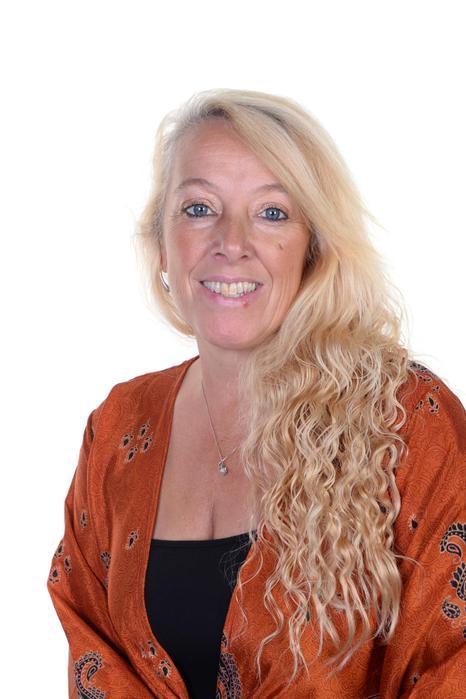 Mrs Jacqui Easterbrook - HLTA