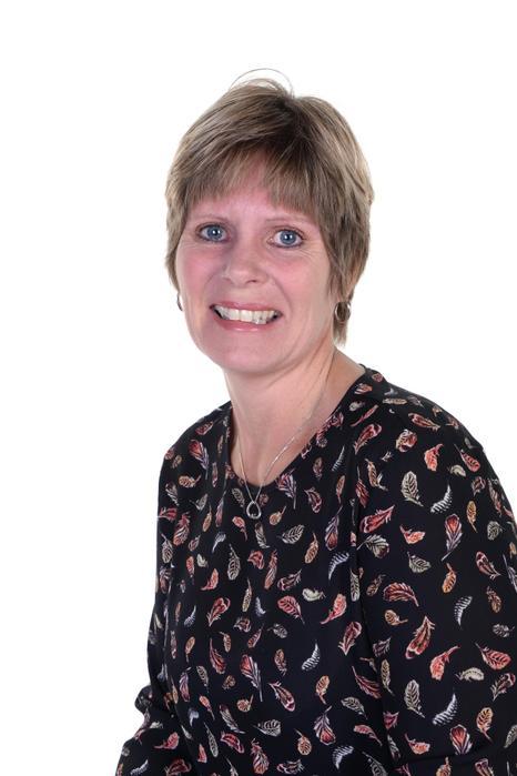 Mrs Tracy Perrett - Cleaner