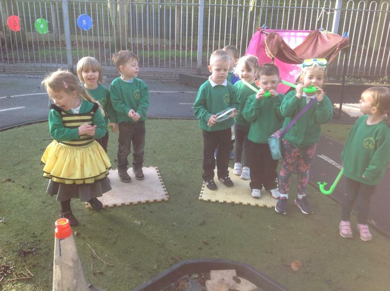 Using senses to play and explore