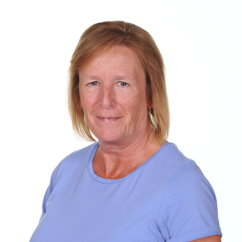 Mrs Pat Woolf