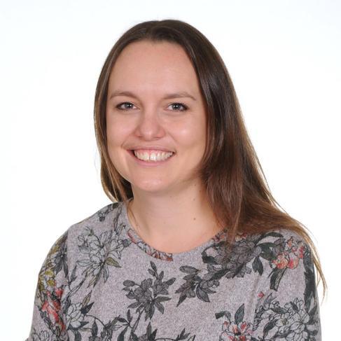 Mrs Amy Harle Class Teacher