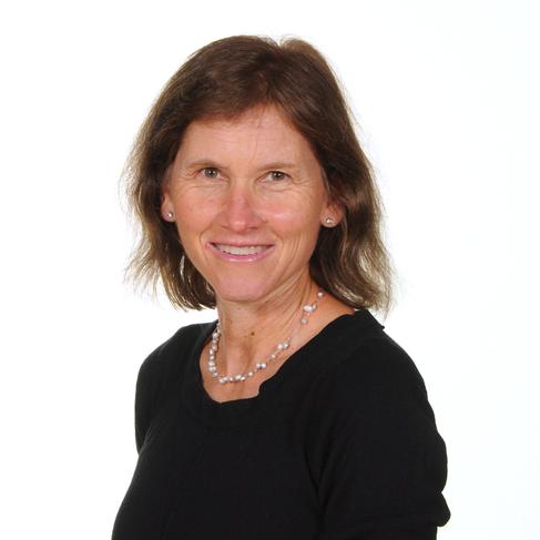 Mrs Carolyn King